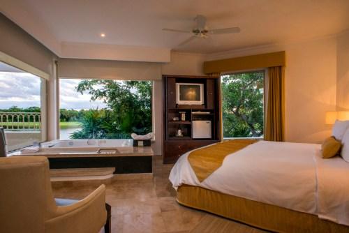 Moon Palace Golf Villa Jr. Suite