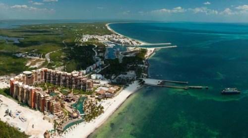 Villa del Palmar Cancun aerial view