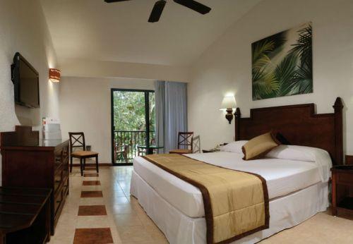 Riu Lupita standard guest room
