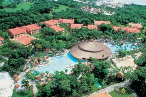 ClubHotel Riu Tequila pools