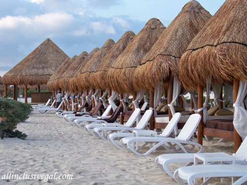 Dreams Playa Mujeres Preferred Club beach section