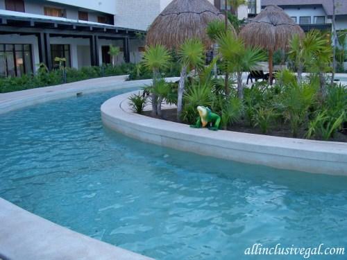 Dreams Playa Mujeres Lazy River