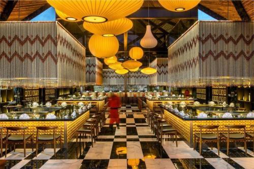 Ocean Riviera Paradise Sakura restaurant