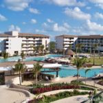 Dreams Playa Mujeres main pool overview