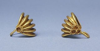 320px-Mesopotamian_-_Pair_of_Basket-Shaped_Hair_Ornaments_-_Walters_572064,_572065