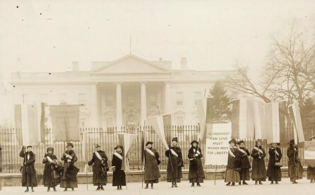 800px-National_Women's_Party_picketing_the_White_House
