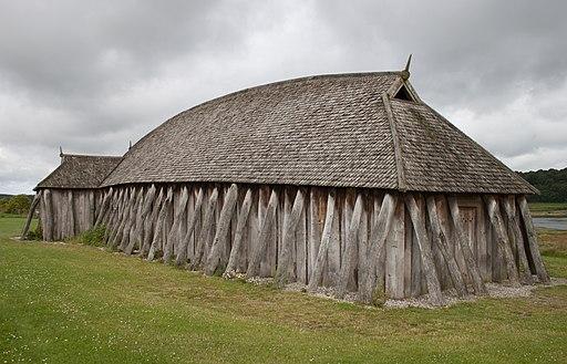 Viking_house_backside