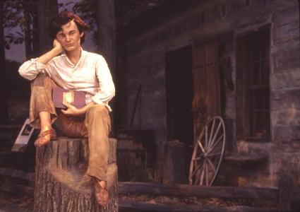 Abraham Lincoln reading