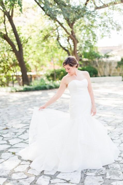 southwest school of art wedding by allison-jeffers-wedding-photography_0118 Hayley Paige gown