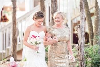 cranberry-fall-wedding-at-hoffman-haus-in-fredericksburg-texas-wedding-photos_0012