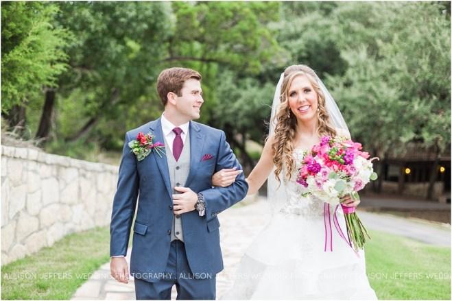 raspberry-wedding-at-scenic-springs-wedding-venue-san-antonio-texas_0009