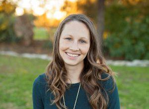 Bio headshot for Allison Yost, LPC | Georgetown Counselor & EMDR Therapist in Georgetown, TX 78626
