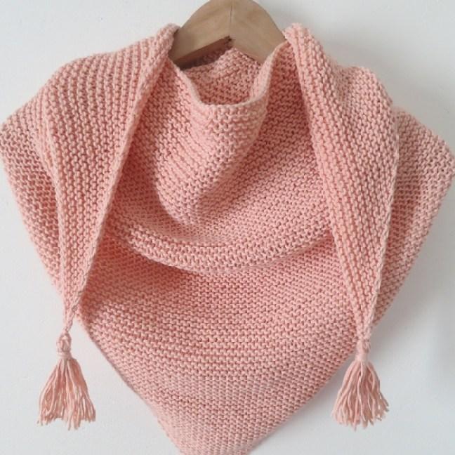 Tricoter chale a pompons