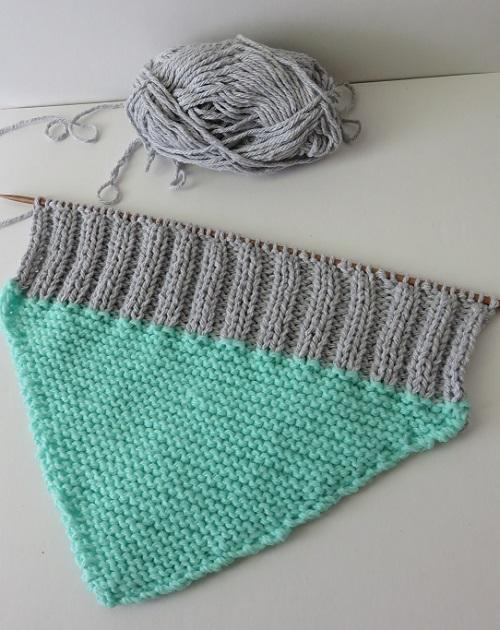 3.Le coussin gris & menthe à l'eau