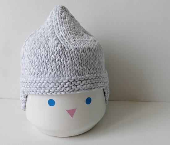 12.Duo de bonnets pour bébé