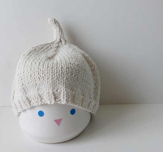 13.Duo de bonnets pour bébé