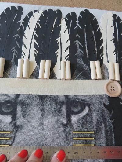 12.Tissu imprimé customisé le LION