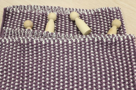 4.Blueberry sprinkled baby blanket