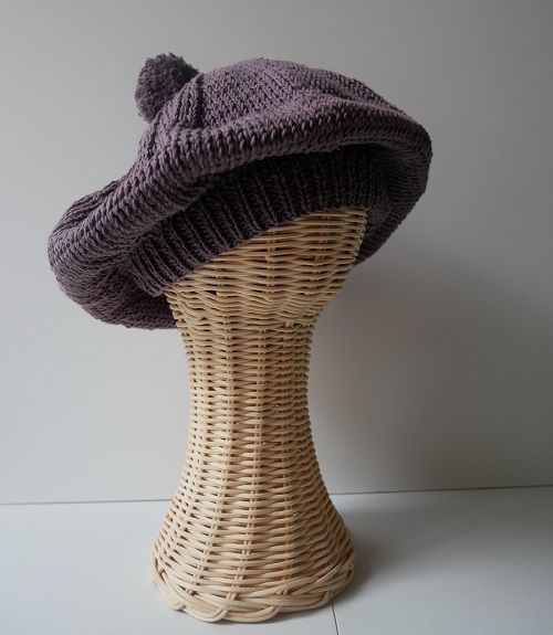9.BERET SLOUCHY