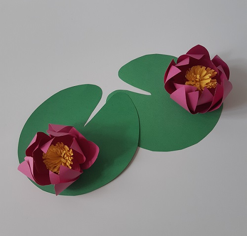 4.DIY paper lotus flower