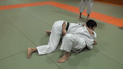 寝技からの脱出~横四方固め~【テクニック】
