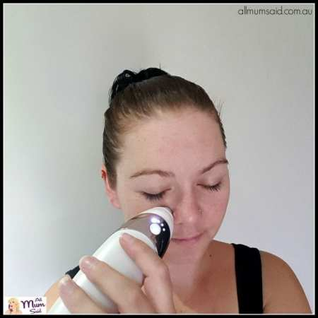 Action shot Homedics Radiance Microdermabrasion review