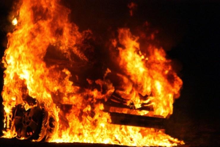Four-year-old girl dies as fire tears down seven houses in Enugu