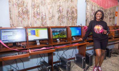 Linda Osifo Donates Computer