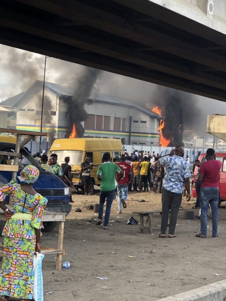 Another police station set on fire in Lagos