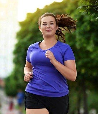 فتاة تركض- رياضة الجري
