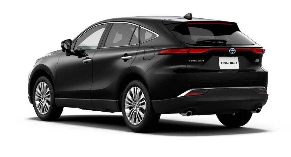 2021 Toyota Harrier view from the backside