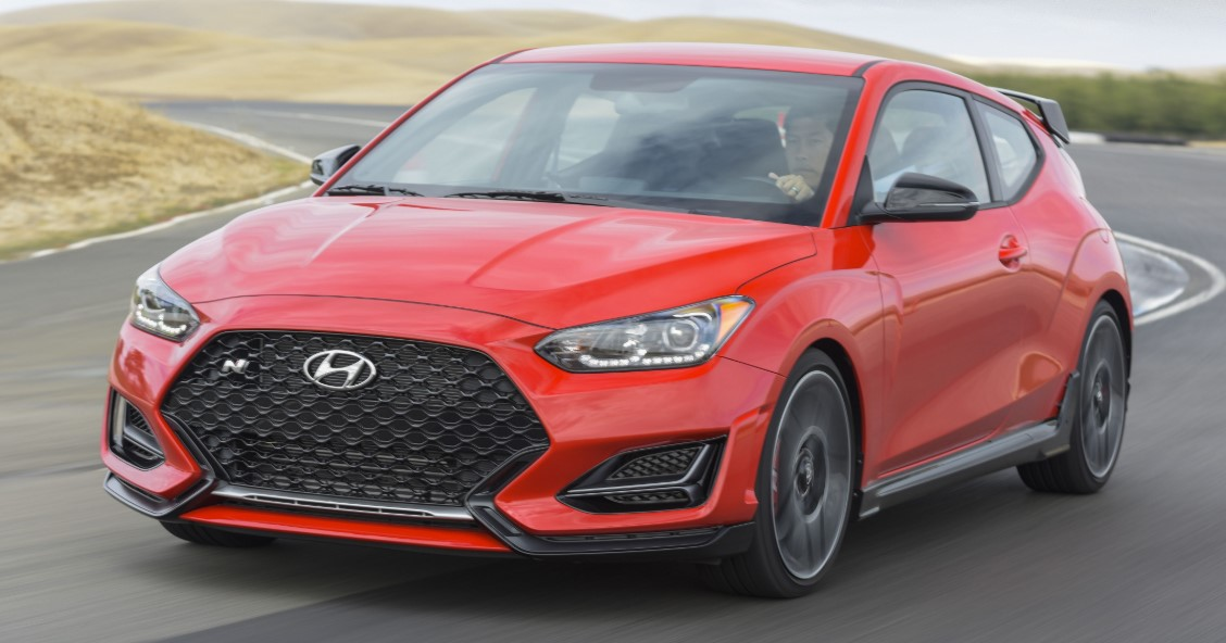2021 Hyundai Veloster test drive with its new engine system