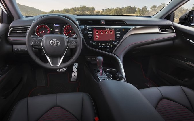2021 Toyota Camry has more control features on Dashboard