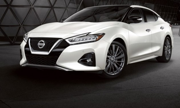 2021 Nissan Maxima with new exterior design