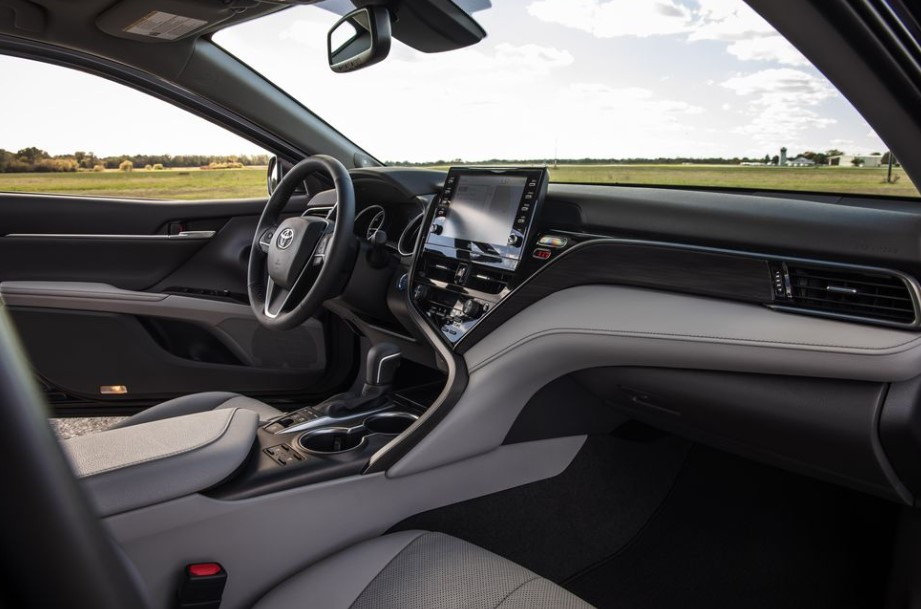 2021 Toyota Camry XLE Hybrid with new interior style design