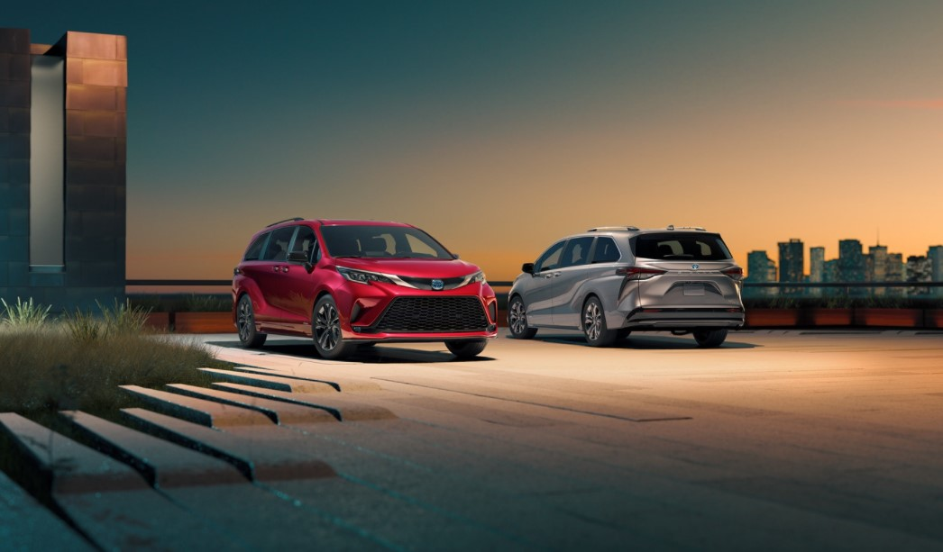 2021 Toyota Sienna Hybrid Official Preview