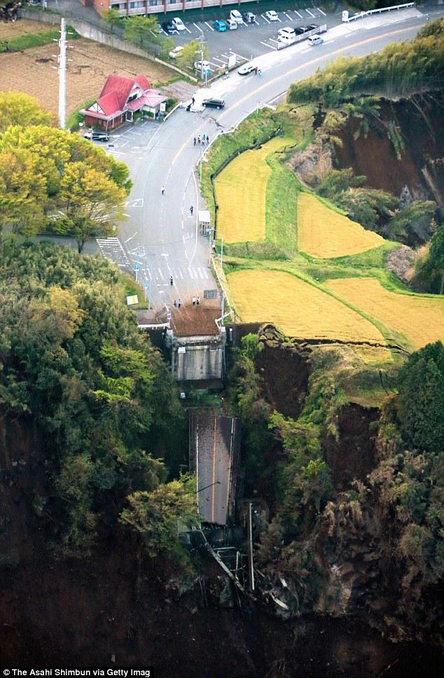 Gone_The_200_metre_long_bridge.jpg