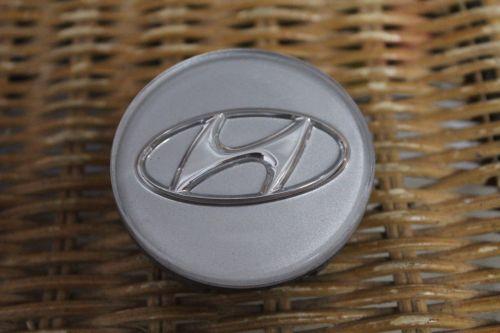 Hyundai-Accent-2012-2013-2014-2015-2016-OEM-Center-Cap-52960-1e400-94898321-302253434927-1.jpg