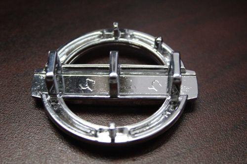 Nissan-Steering-Wheel-Replacement-OEM-Emblem-Badge-Roundel-302653281248-2.jpg