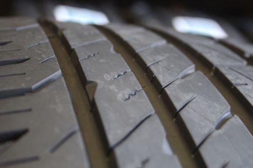 Set-of-four-Goodyear-Eagle-F1-Asymmetric-24540R20-95V-Tires-2454020-283228476711-3-1.jpg