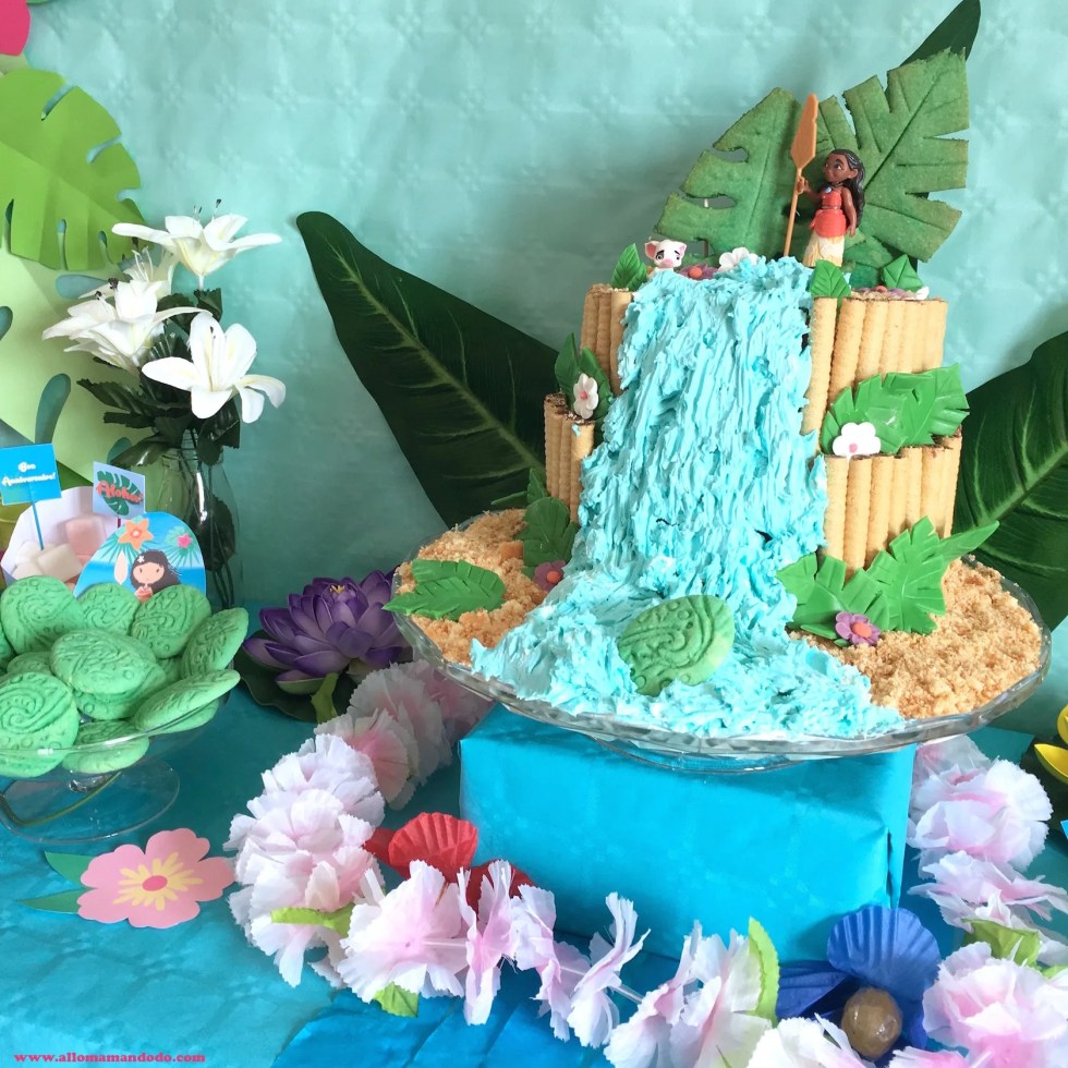 anniversaire vaiana moana cake