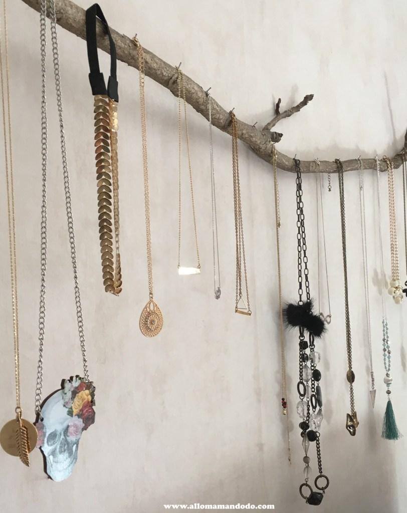 DIY colliers porte bijou branche
