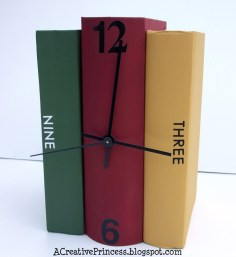 Book Clock via http://acreativeprincess.blogspot.com/2011/06/books-turned-into-clock.html