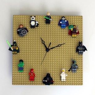 Lego Clock via http://ournerdhome.com/diy-lego-clock/