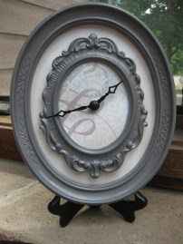 Frame Clock via http://www.remodelaholic.com/diy-clock-from-frames-guest/