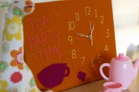 Tea Time Embroidered Clock via http://www.prettyprudent.com/2009/11/baby-kid/diy-cozy-embroidered-clock-2/