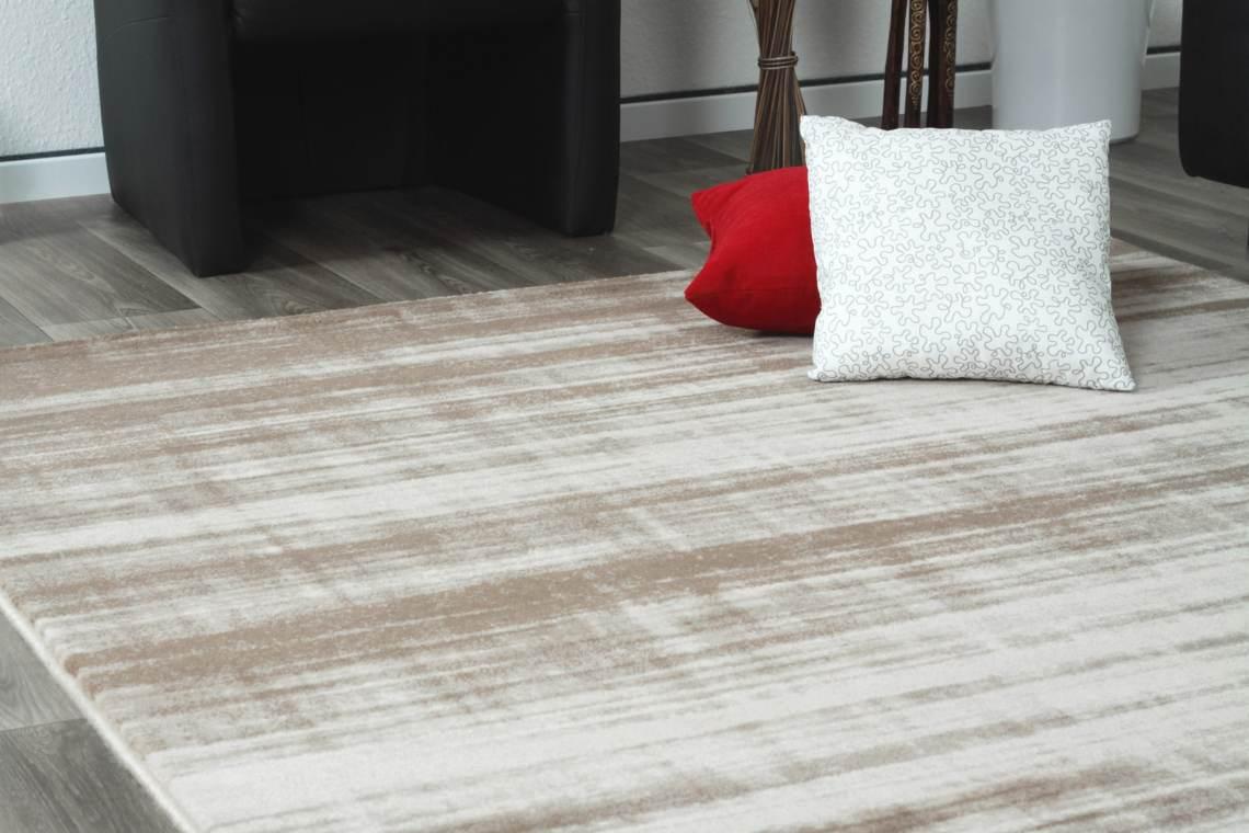 tapis beige vintage rayé