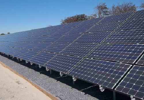 Long solar panel array at Point Lookout Clean Energy Park
