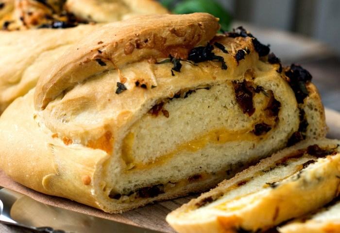 Herb Cheese Swirl Pane Italiano Stuffed Italian Bread