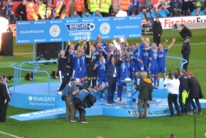 LCFC_lift_the_Premier_League_Trophy_(26943755296)_(cropped)